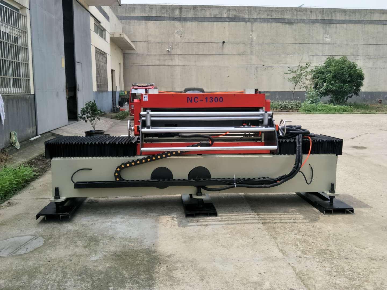 厂家直销伺服偏摆送料机,冲床周边送料机 定制型