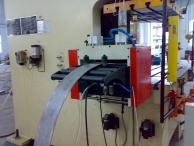 苏州优质送料机、冲床滚筒送料机